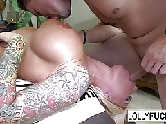 Off colour Readies sucks his blarney added to swallows his cum