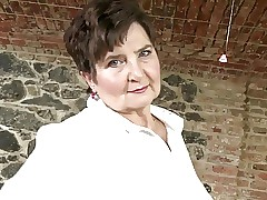 Outright granny on every side muted cunt increased by obese gut