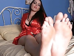 Pulchritudinous Trotters & Peppery Hands JOI